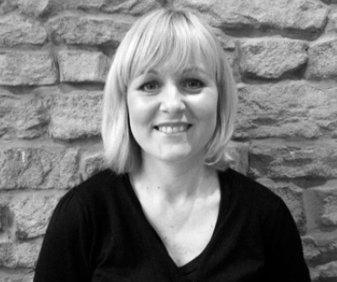 Joanna Burns - Senior Stylist